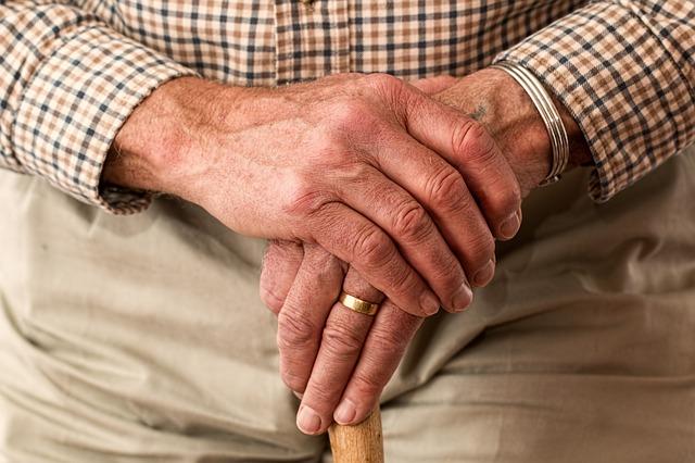 manos temblorosas